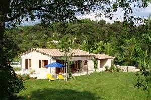 Ferienhaus an der Ardèche, Ansicht von Süd-West