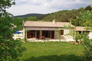Das Ferienhaus an der Ardèche, Ansicht von Süd